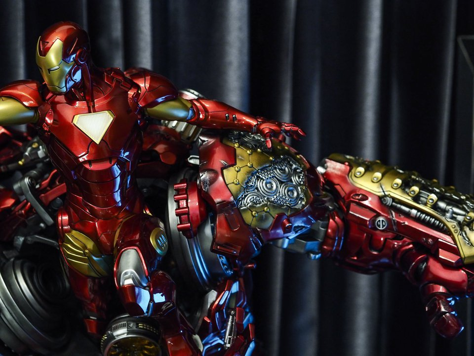 Premium collectibles : Hulkbuster** - Page 2 38451421_209660587369qpcnk