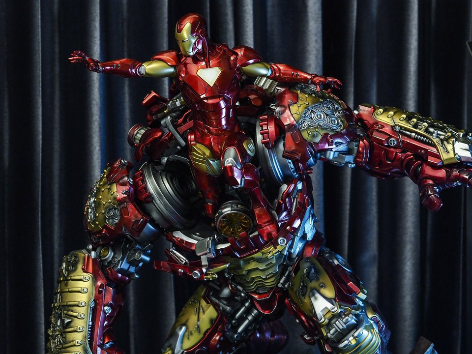 Premium collectibles : Hulkbuster** - Page 2 38515418_209660654036q7cxe