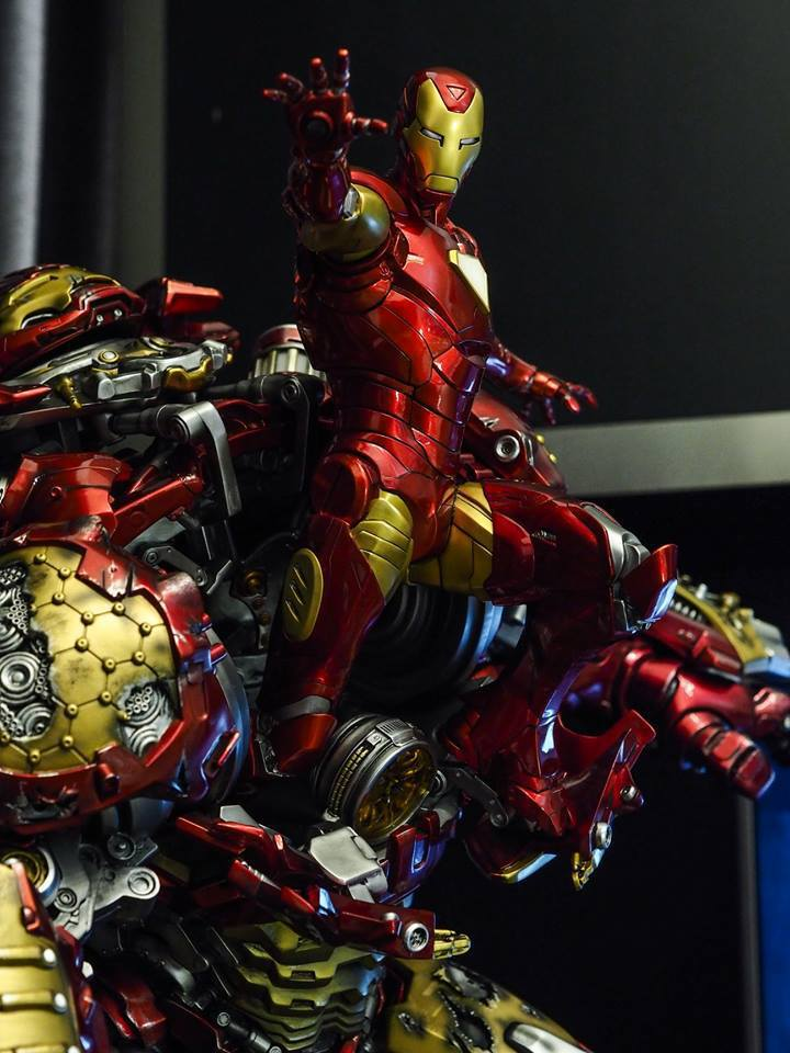 Premium collectibles : Hulkbuster** - Page 2 38542086_209660610036yld85