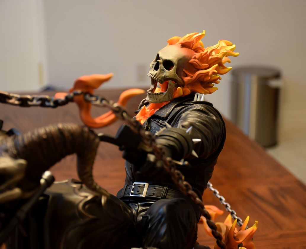Premium Collectibles : Ghost Rider - Page 5 3935l4b
