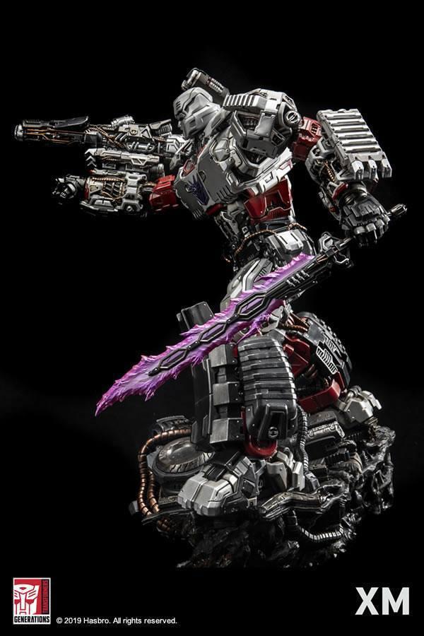 Premium Collectibles : Transformers - Megatron (G1)** 394k2z