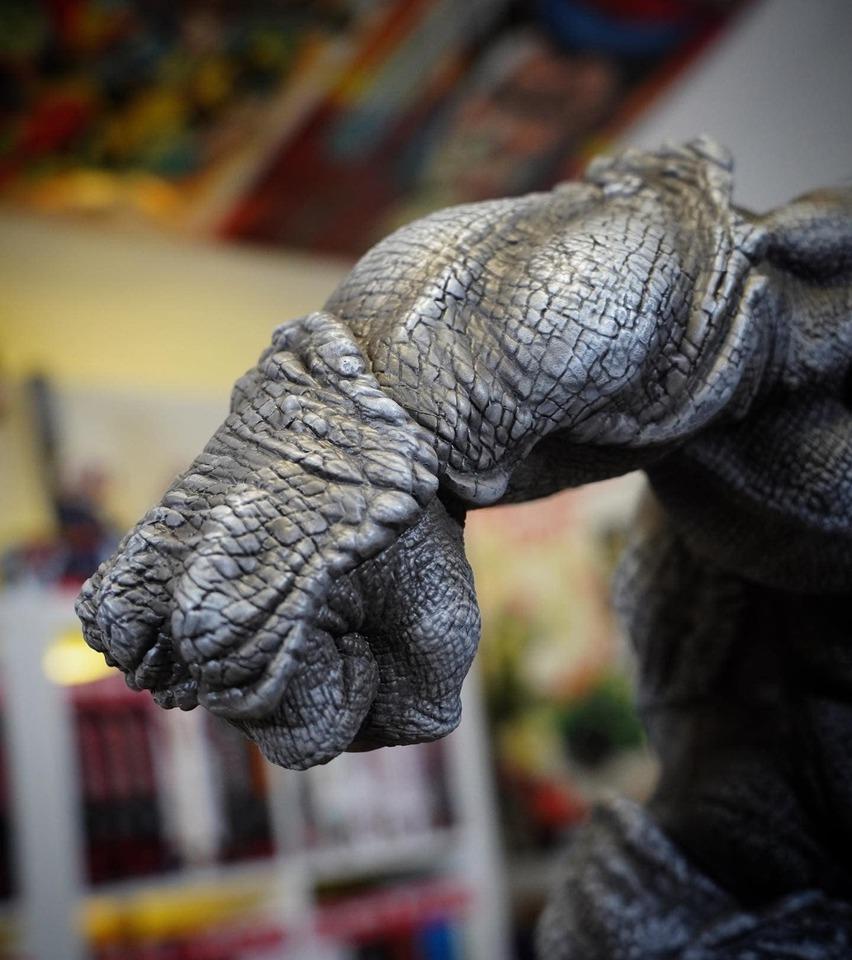 Premium Collectibles : Rhino** 3ao7kpo