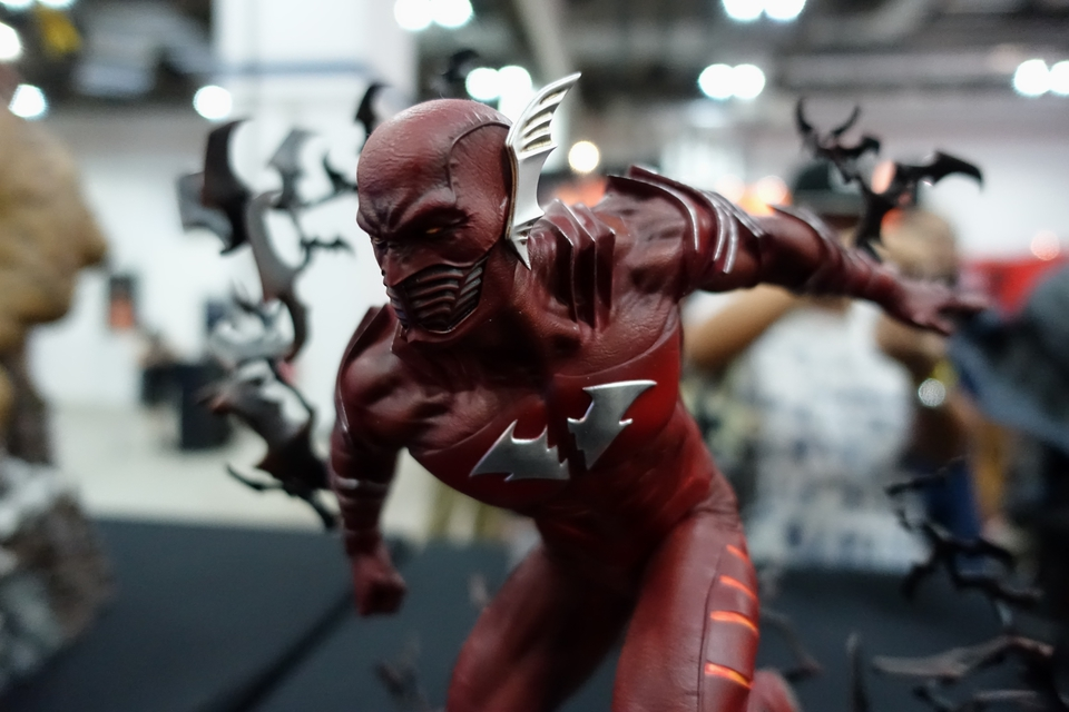 Premium Collectibles : Red Death 1/6 3aqwj6x
