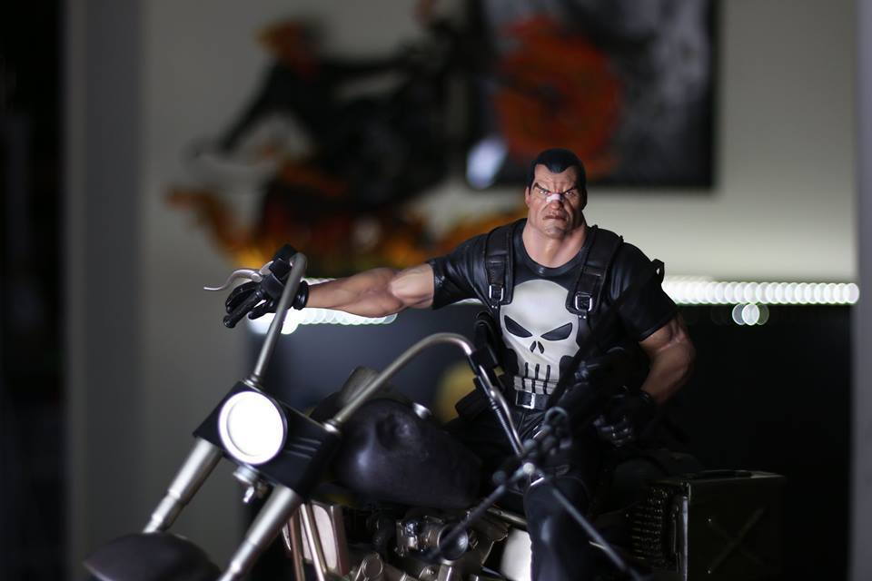 Premium Collectibles : Punisher - Page 5 3bux30