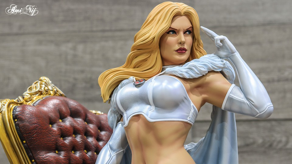 Premium Collectibles : Emma Frost 3mfjow