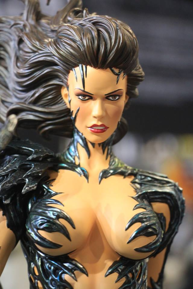 Premium Collectibles : Witchblade - Page 4 3ntbpr