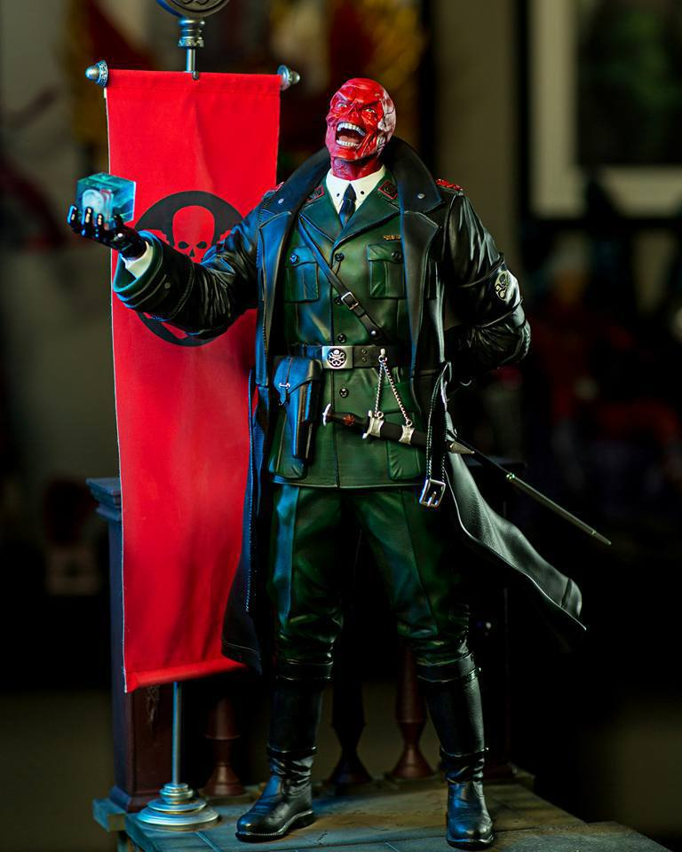 Premium Collectibles : Red Skull - Page 2 3r3uld