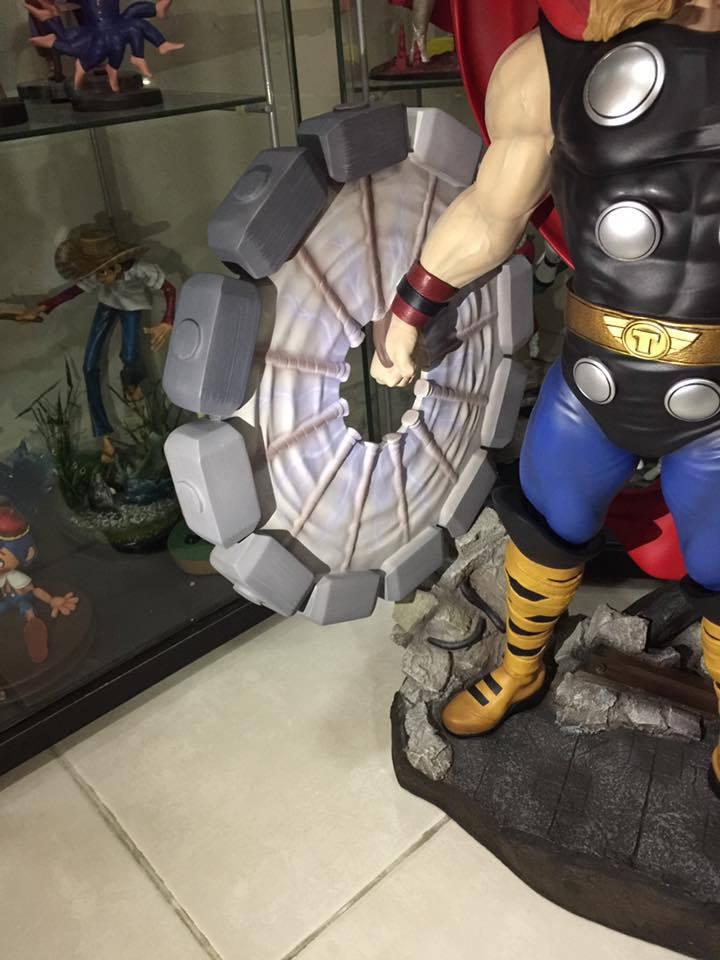 Premium Collectibles : Thor - Comics version  - Page 10 3sasud