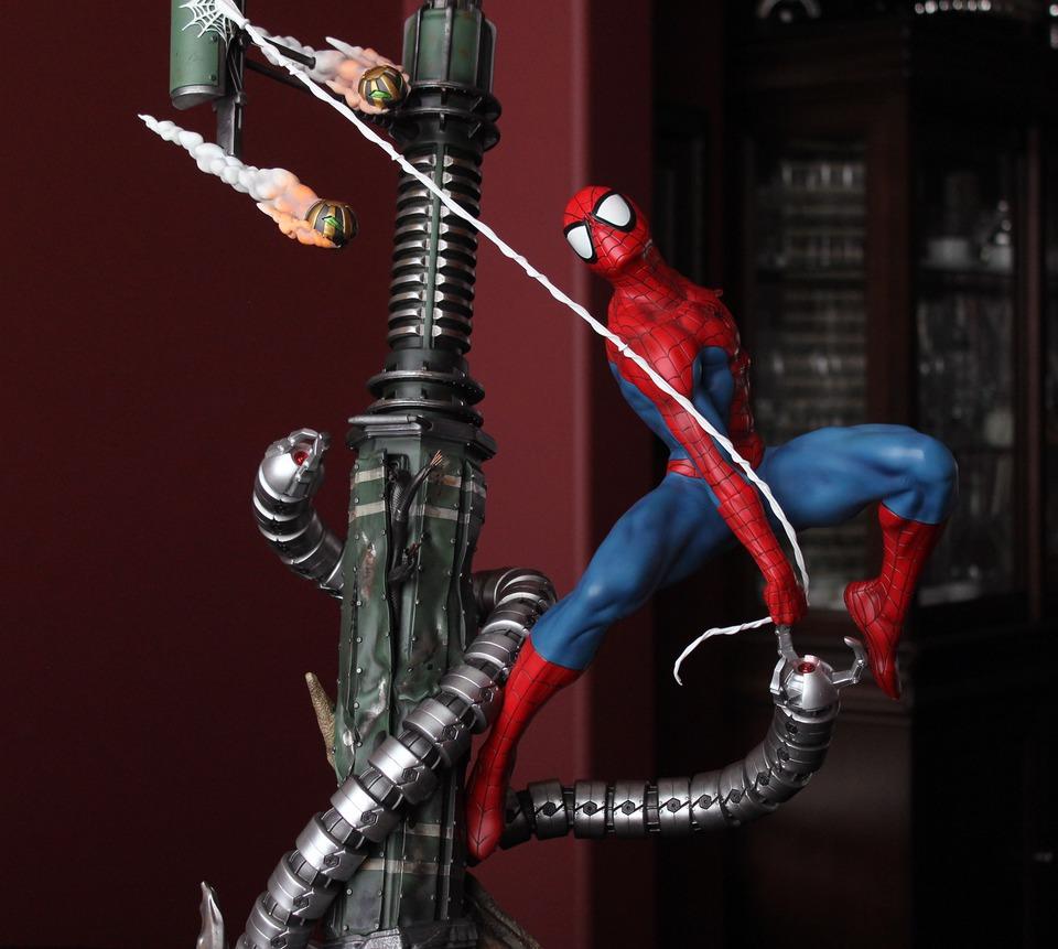 Premium Collectibles : Spiderman** - Page 2 3tgkg8