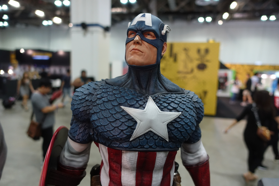 Premium Collectibles : Captain America 1/3 3tmkeu