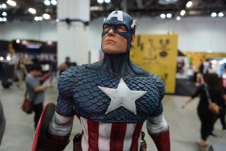 Premium Collectibles : Captain America 1/3 3tmkeu