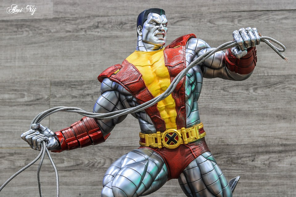 Premium Collectibles : Colossus - Page 2 3uekr4