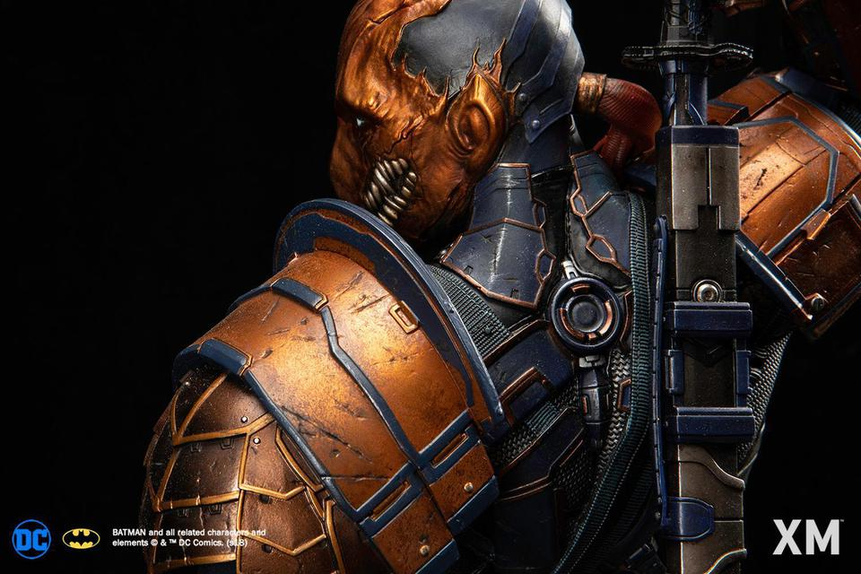 Premium Collectibles : Deathstroke** 40619885_214173565271kkixr