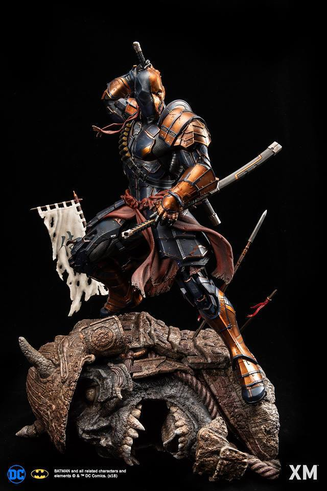 Premium Collectibles : Deathstroke** 40638534_214173612271abdad
