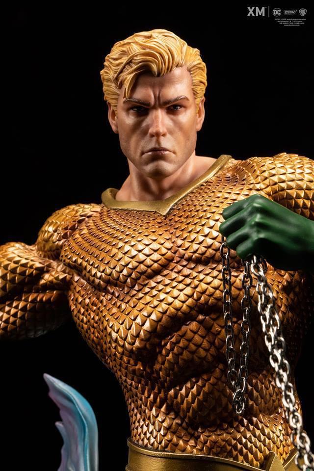 Premium Collectibles : JLA Aquaman 1/6**   40661182_2141732206041kfha