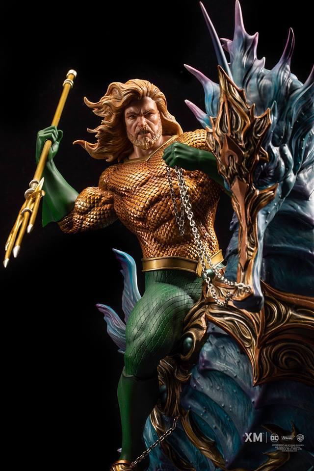 Premium Collectibles : JLA Aquaman 1/6**   40685588_214173238271fad5q