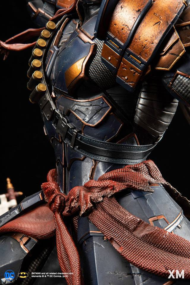 Premium Collectibles : Deathstroke** 40847064_214173599604wbdia