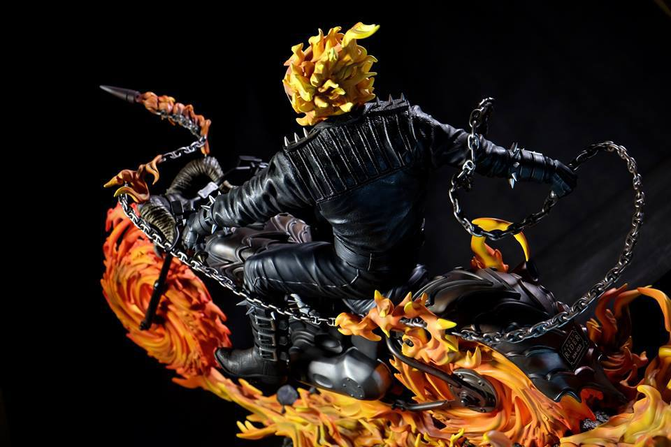 Premium Collectibles : Ghost Rider - Page 6 416eo0j