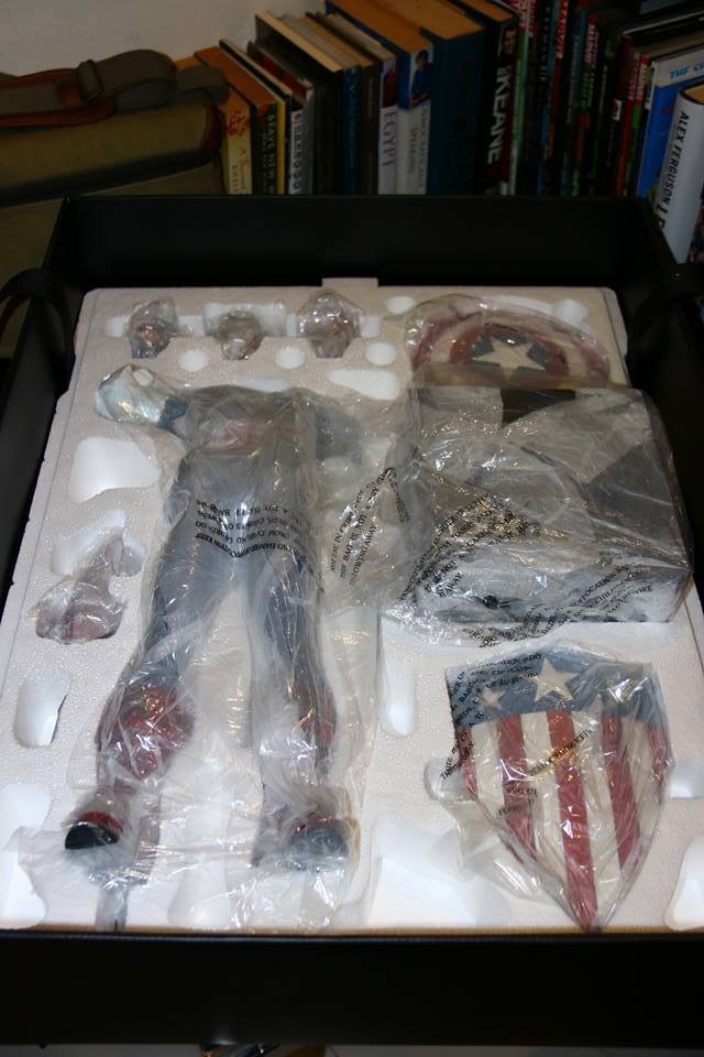 Premium Collectibles : Captain America - Sentinel of liberty - Page 4 41zkzo