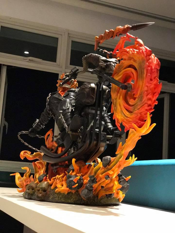 Premium Collectibles : Ghost Rider - Page 5 42cu5k