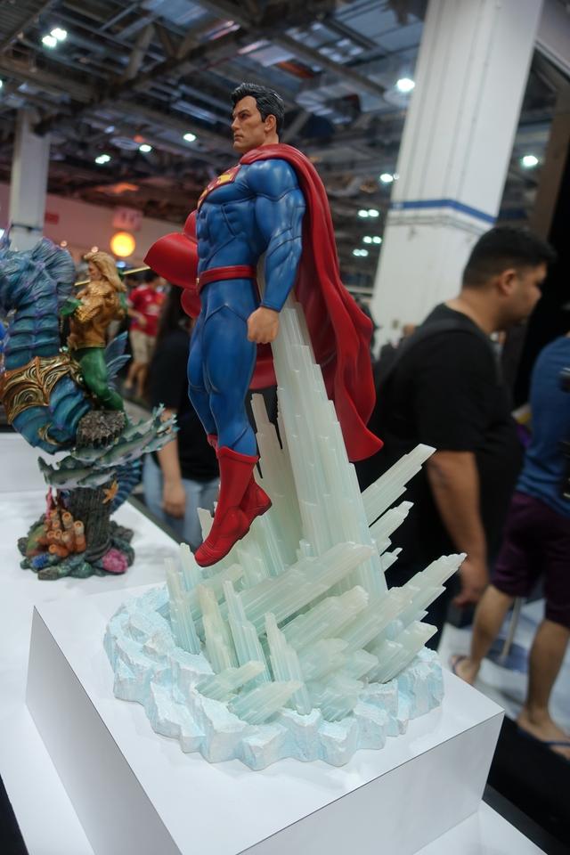 Premium Collectibles : JLA Superman 1/6**   43npjmw