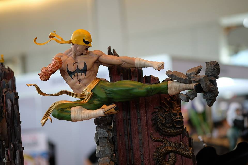 Premium Collectibles : Iron Fist - Page 4 47xk4t