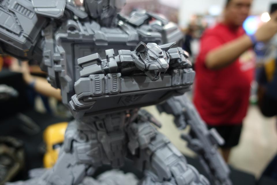 Premium Collectibles : Transformers - Soundwave (G1)  483juy