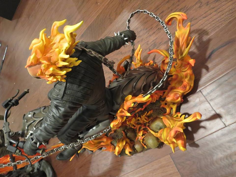 Premium Collectibles : Ghost Rider - Page 5 496sko