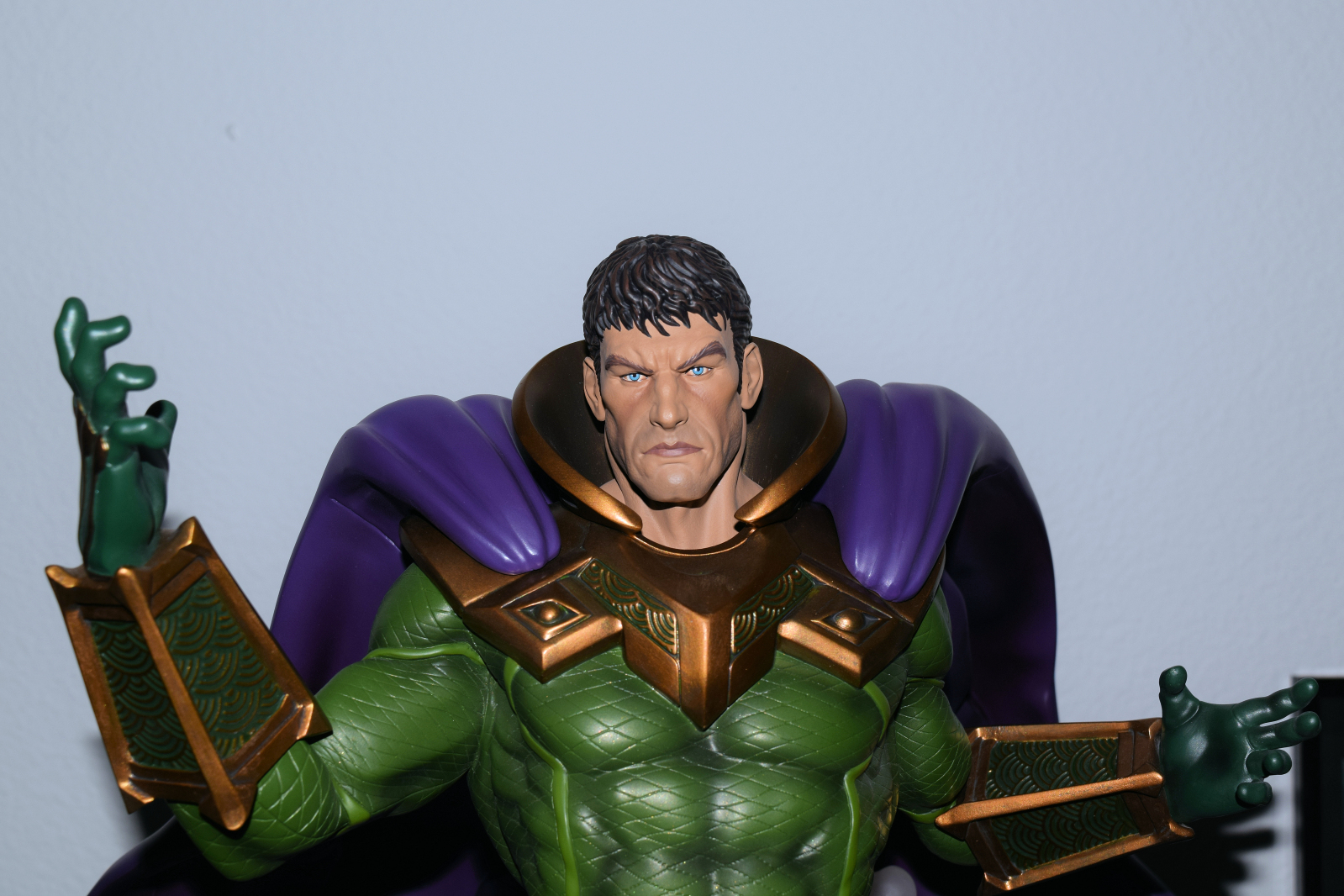 Premium Collectibles : Mysterio - Page 4 4brshu