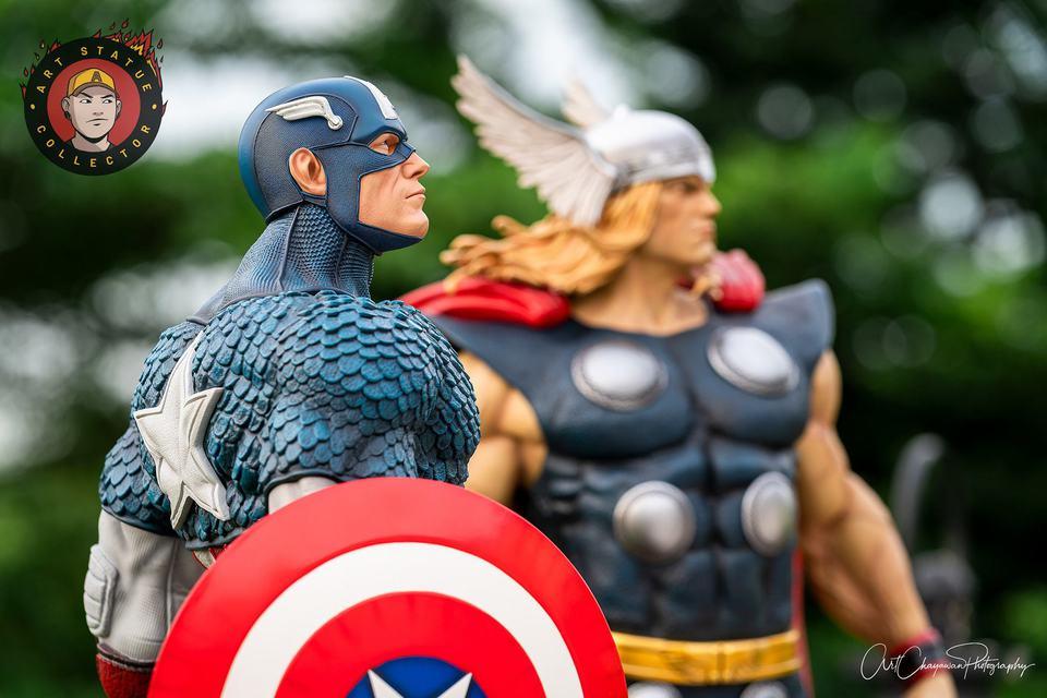 Premium Collectibles : Thor 1/3 4ceklr
