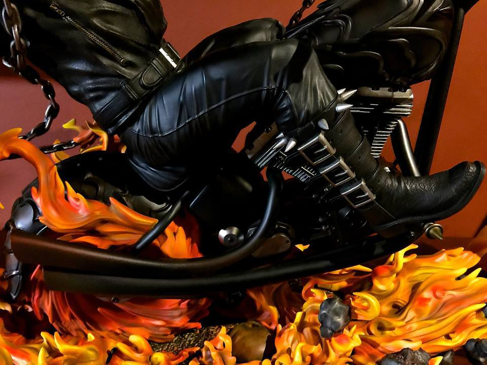 Premium Collectibles : Ghost Rider - Page 6 4dauw0