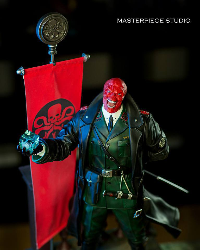 Premium Collectibles : Red Skull - Page 2 4gdud7