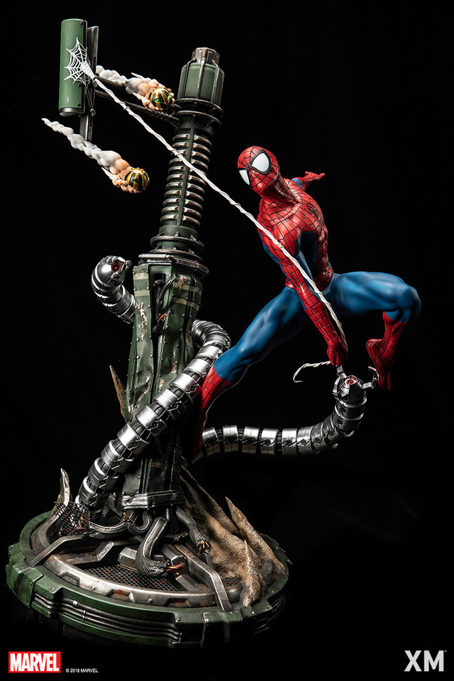 Premium Collectibles : Spiderman** 4gqi86