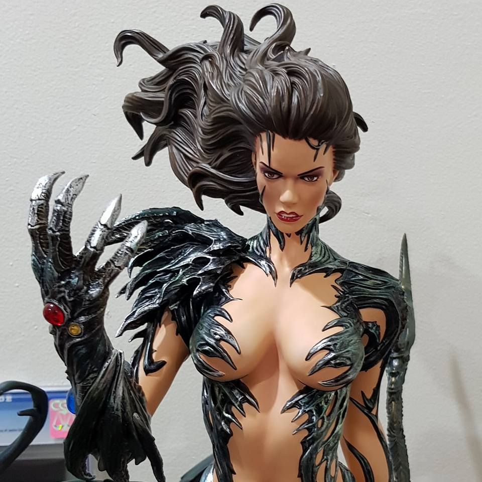Premium Collectibles : Witchblade - Page 4 4j6agv