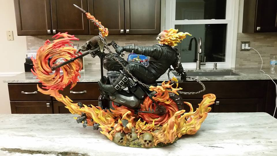 Premium Collectibles : Ghost Rider - Page 5 4m8uz7