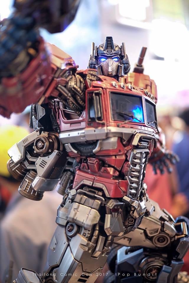 Premium Collectibles : Transformers - Optimus Prime (G1) 4nisqc