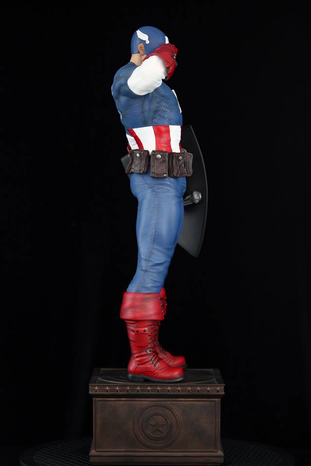 Premium Collectibles : Captain America - Sentinel of liberty - Page 5 4nksfh