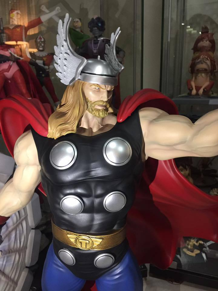 Premium Collectibles : Thor - Comics version  - Page 10 4qesuw