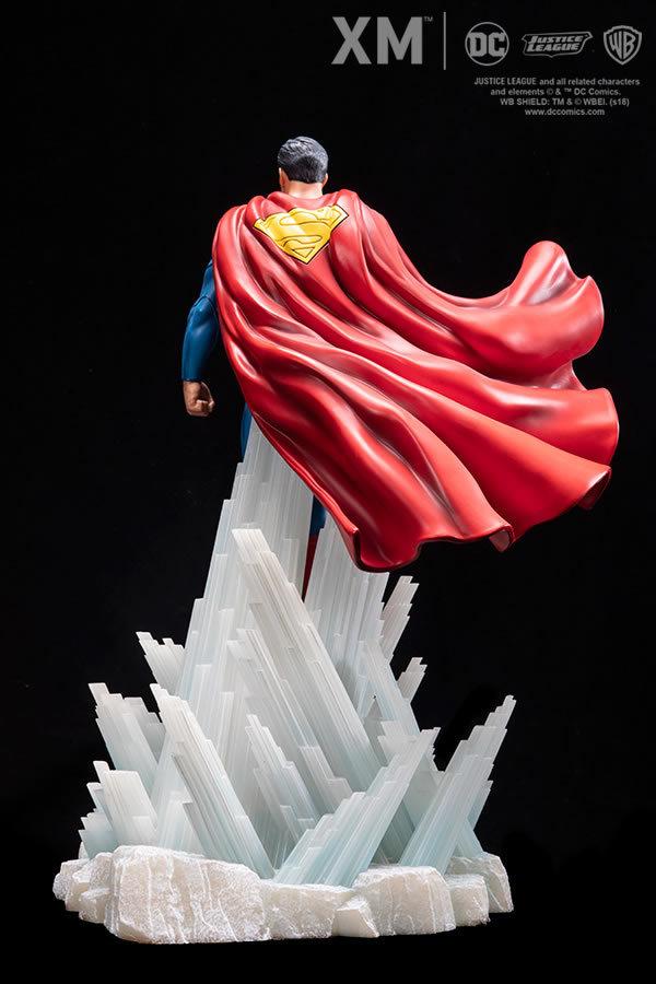 Premium Collectibles : JLA Superman 1/6**   4quji6
