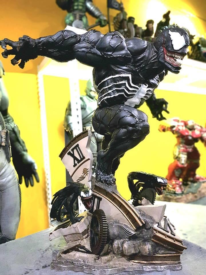 Premium Collectibles : Venom - Comics Version - Page 5 4rnuva