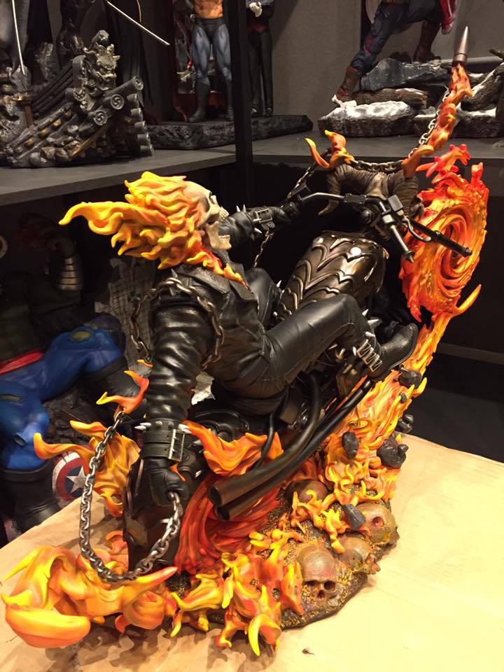 Premium Collectibles : Ghost Rider - Page 6 533upo