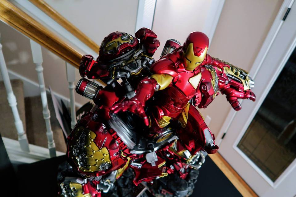 Premium collectibles : Hulkbuster** - Page 3 53415037_1010221427211wkye