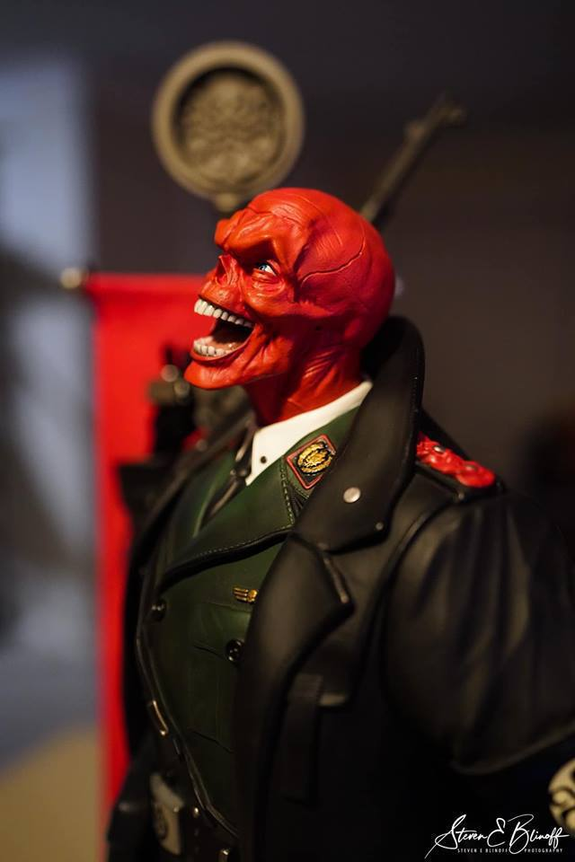 Premium Collectibles : Red Skull - Page 2 54213630_2202709183308zjwv