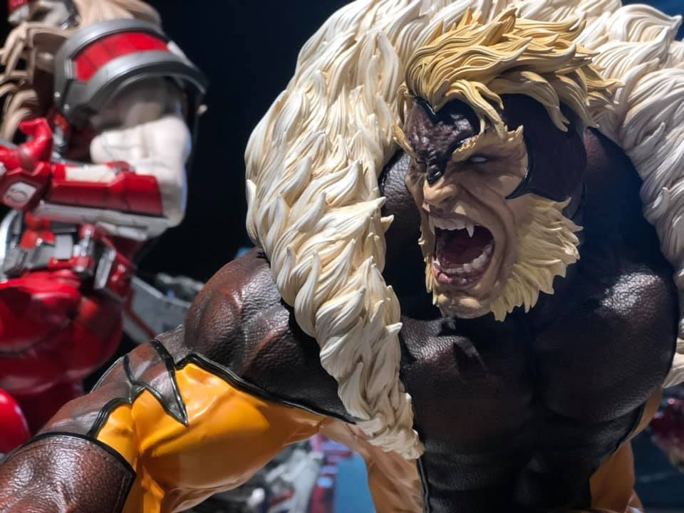 Premium Collectibles : Sabretooth 56337078_238442836851s2kby