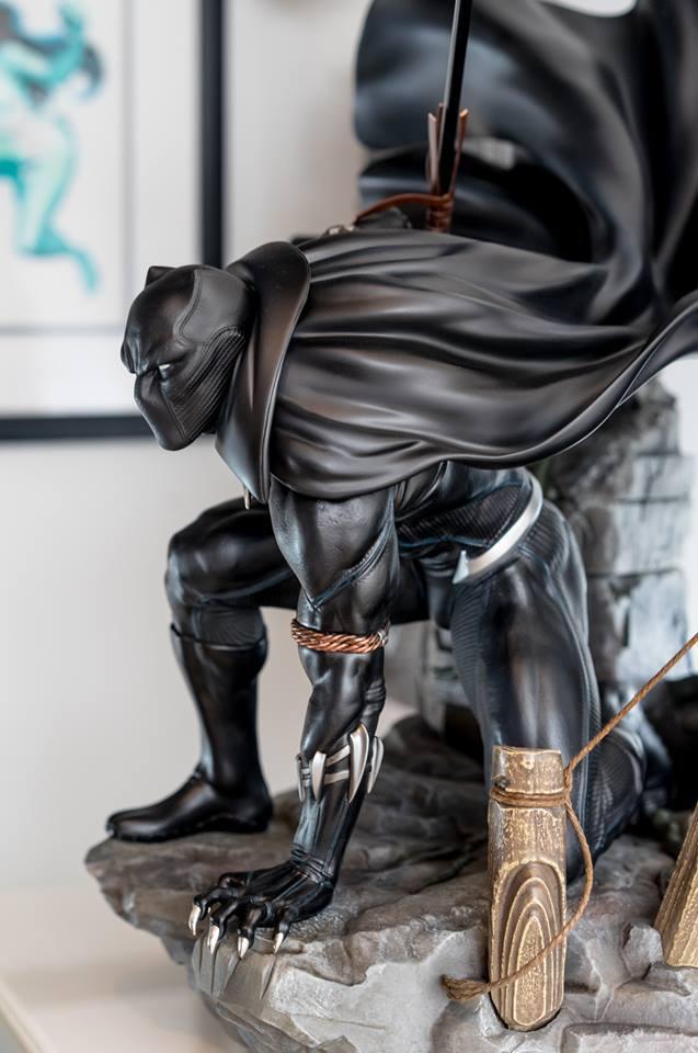 Premium Collectibles : Black Panther - Page 7 566ki0