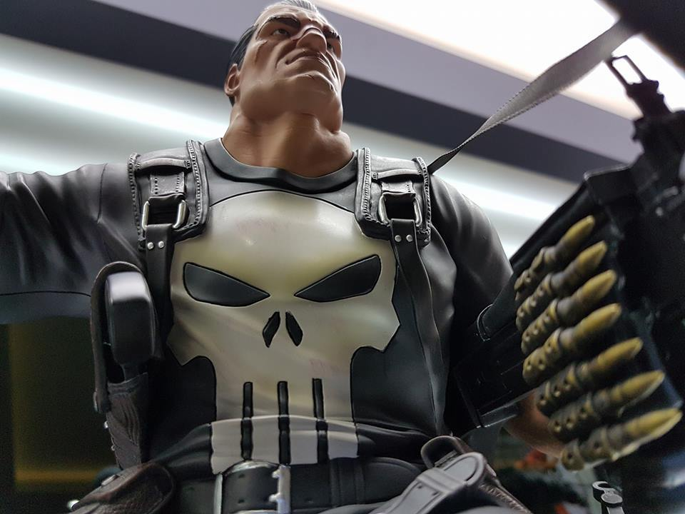 Premium Collectibles : Punisher - Page 5 5a8xps