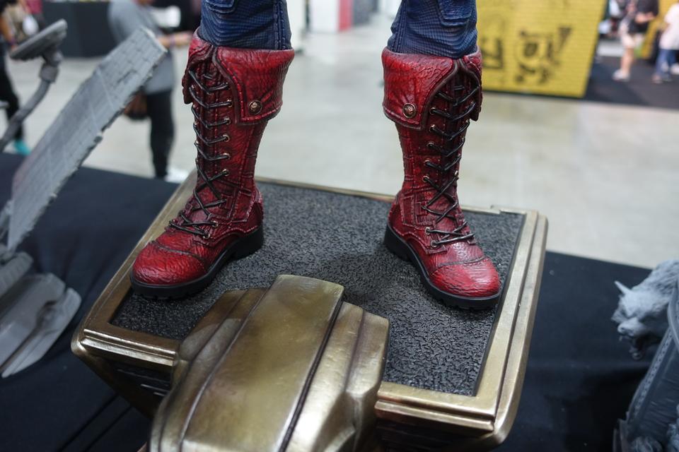 Premium Collectibles : Captain America 1/3 5bdkix