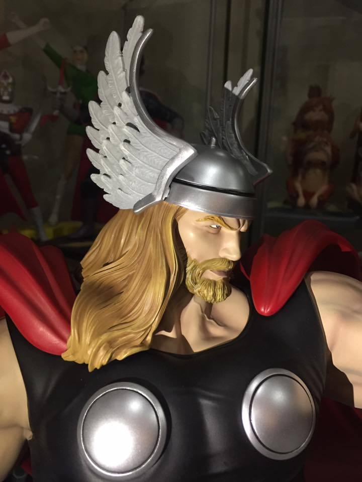 Premium Collectibles : Thor - Comics version  - Page 10 5disju