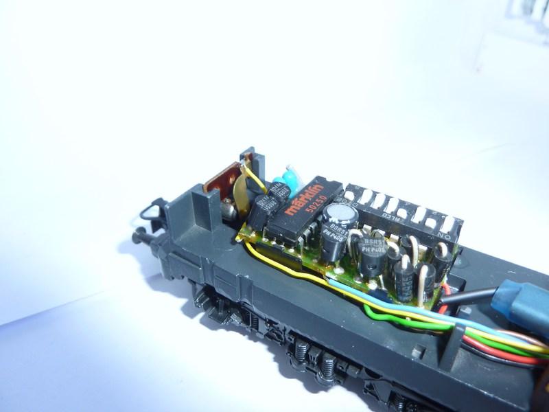 Märklin 3642 111 049-3 mit neuem Fahrwerk ausgestattet 5mdjil