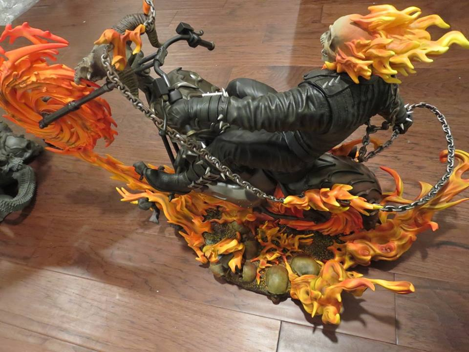 Premium Collectibles : Ghost Rider - Page 5 5qis1c